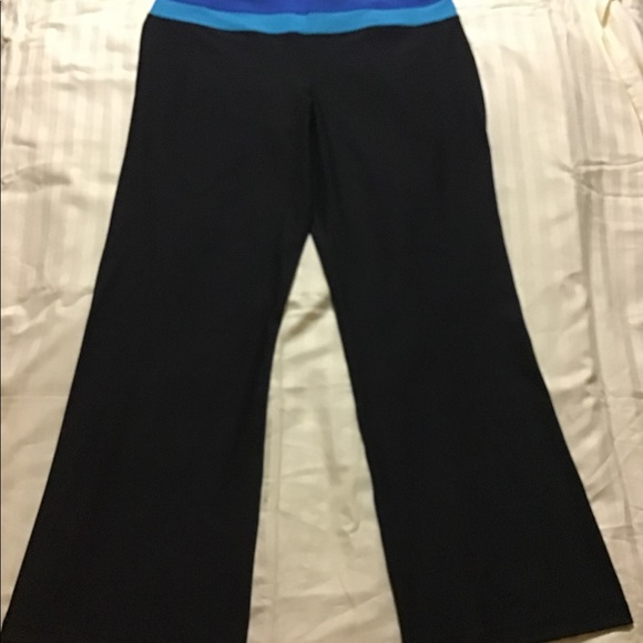 563f439ac6789 XERSION Women YOGA Reversible Pants. M_5c243c80df0307967f3ceaf4